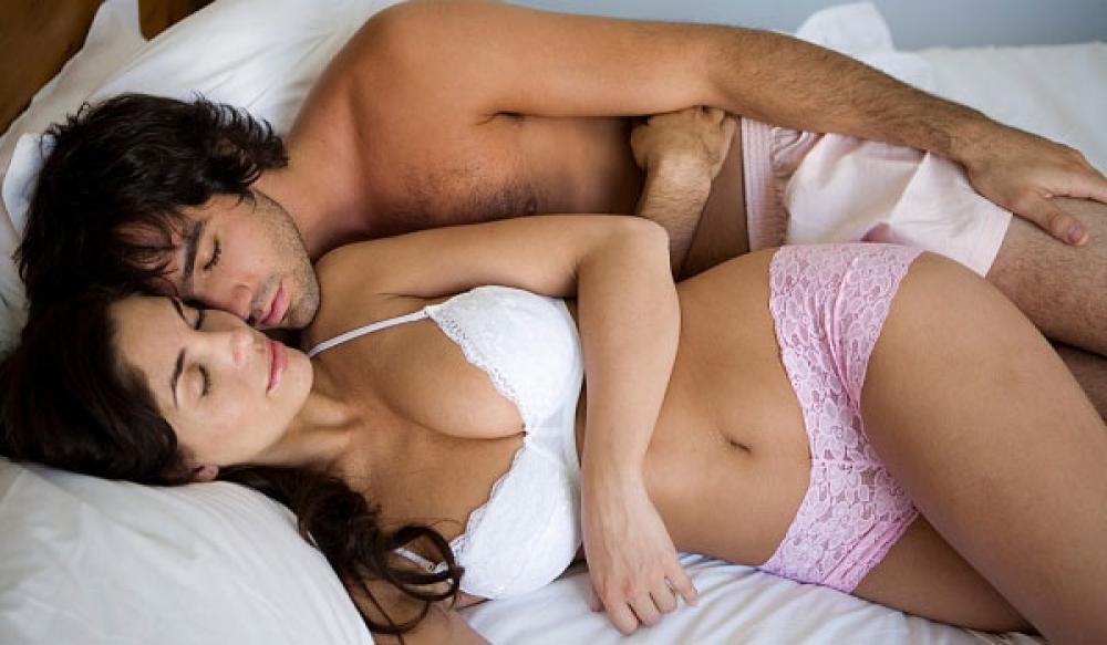 सेक्स करते समय निपल्स खड़े